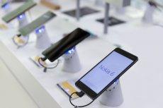 Modele telefonów Nokia 5, 6 i 8 wciąż czekają na aktualizację systemu Android, choć ta ma być gotowa już od miesiąca. To ma być sposób na zwiększenie sprzedaży modelu 8.1.