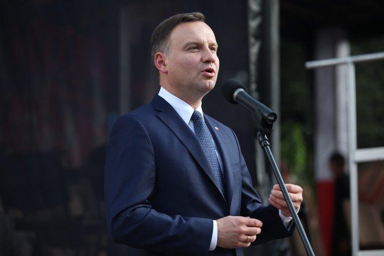 Po raz pierwszy Duda pojawił się w Pieńsku w 2009, był wówczas ministrem w kancelarii Lecha Kaczyńskiego