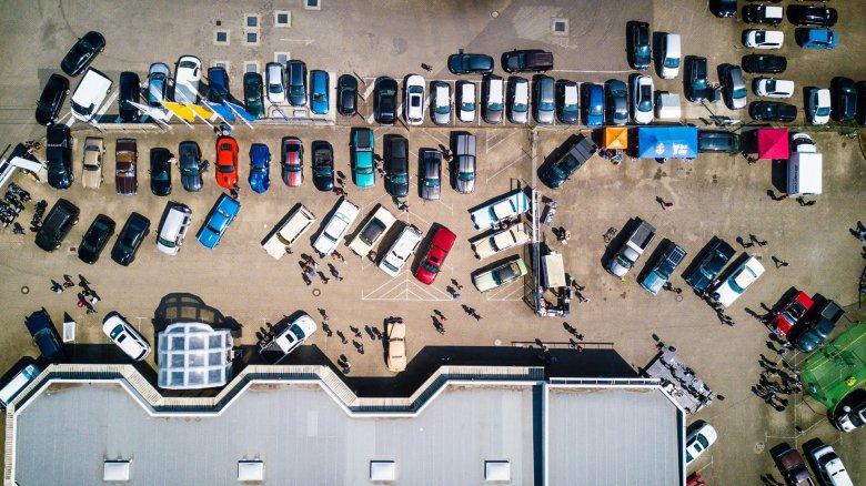 Jeśli żyjesz w mieście, wiesz że parkowanie potrafi być koszmarem.