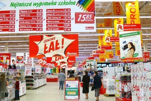 d79192d3da Z rynku zniknęła sieć Simply Market - teraz będzie działać pod nazwą Auchan