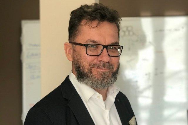 Wojciech Ozimek, CEO one2tribe, razem ze swoim zespołem stworzył narzędzie zmniejszające poziom stresu u pracowników.