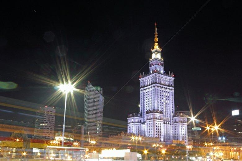 Polska w elicie państw przyciągających zagranicznych inwestorów. W jednym z rankingów awansowaliśmy o…125 pozycji.