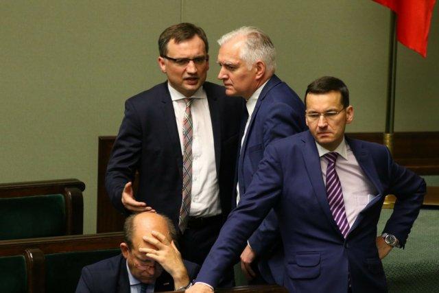 Pożyjemy, zobaczymy. Wicepremier Mateusz Morawiecki uzależnia los 500+ dla emerytów od stanu budżetu na 2018 r.