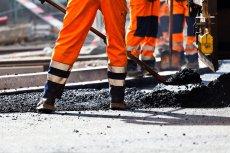 Polskie inwestycje drogowe i kolejowe zmagają się z coraz większymi problemami.