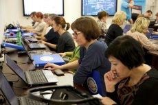 """""""Mistrzowie Kodowania"""" to nie tylko program warsztatów z kodowania dla uczniów polskich szkół. Z jego oferty edukacyjnej mogą także skorzystać nauczyciele"""