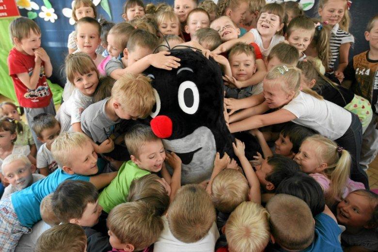 """""""Krecik"""" doczekał się przedszkola własnego imienia w Częstochowie. Ale na kontynuację jego przygód na razie nie ma co liczyć."""