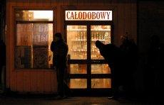 W Mielnie sprzedawcy alkoholu wymyślili sposób na obejście nocnej prohibicji