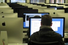 Nawet 12 tys. zł można dostać za polecenie nowego pracownika.