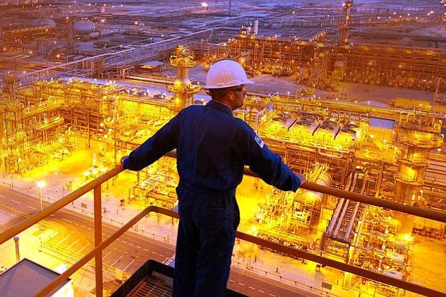 Na giełdę trafi wart 100 mld dolarów pakiet 5 proc. akcji Saudi Aramco