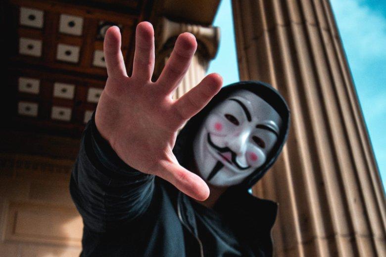 Nie wszyscy hakerzy celują w korporacje - niektórzy wolą poćwiczyć na mniejszych firmach