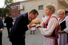 Mateusz Morawiecki chętnie jeździ po samorządach, ale pieniędzmi nie chce się dzielić.