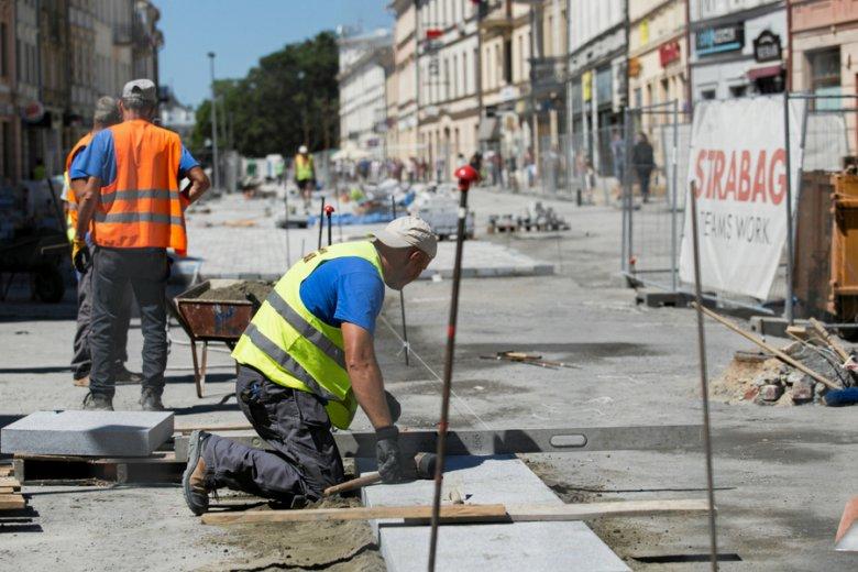 Budowlanka ma na karku górę długów szacowaną na od 2,5 do 4,6 mld złotych.