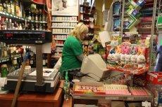 Na kontakt z bisfenolem A w paragonach są szczególnie narażone kasjerki w sklepach