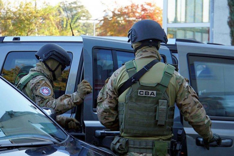 Byłych ministrów i prezesów nie zatrzymuje policja - robi to CBA