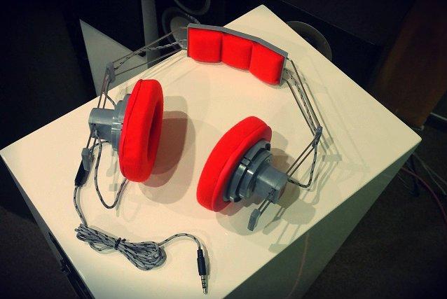 Słuchawki SN-50, dostosowane do współczesnych odtwarzaczy i po liftingu