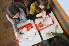 W wybranych restauracjach McDonald's w całej Polsce przez 20 dni będzie można przetestować papierowe słomki do napojów.