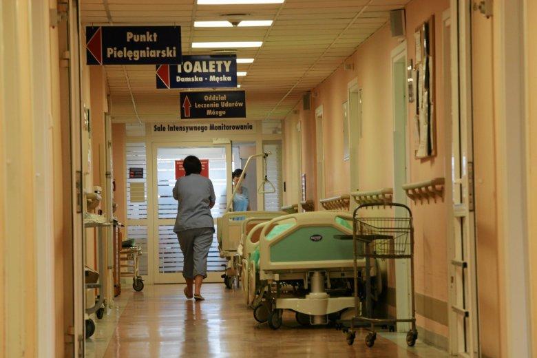 W Polsce brakuje lekarzy i personelu medycznego. Mamy jeden z najsłabszych wskaźników liczby lekarzy na 1000 mieszkańców w Unii Europejskiej.