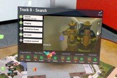 Tak będzie wyglądał strażak przyszłości, dowodzący akcją gaśniczą. Okulary dają mu szybki dostęp do wszystkich niezbędnych informacji