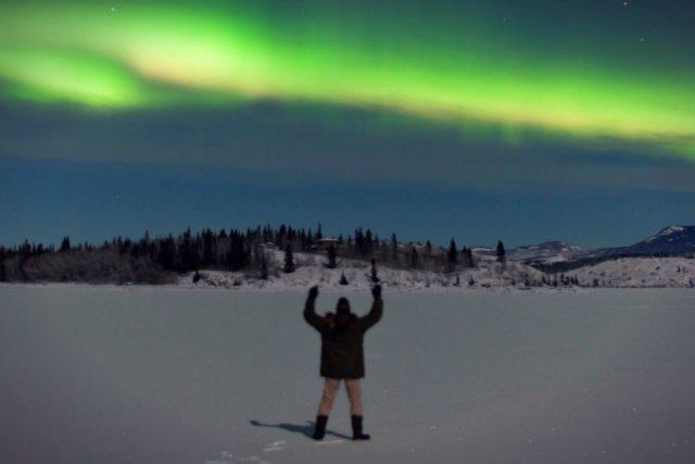 Biuro podróży z Finlandii zamieściło właśnie ogłoszenie o naborze na nowe stanowisko – łowcę zórz polarnych
