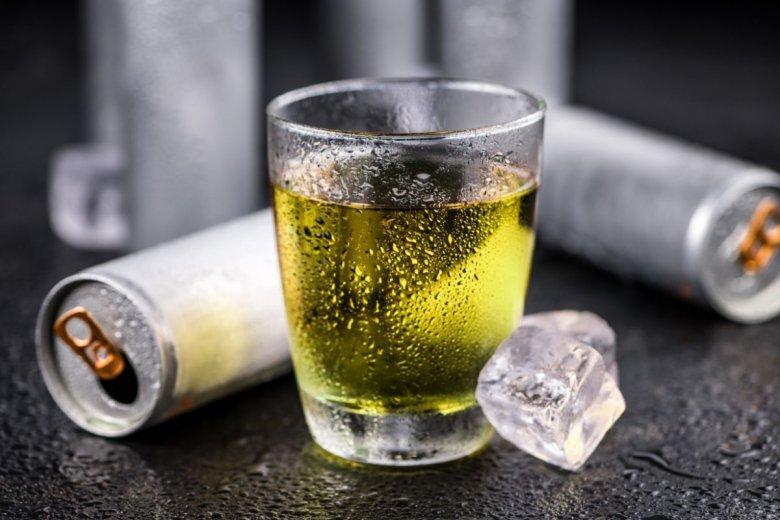 Polacy stworzyli napój energetyczny Brexit. Urząd ds. Własności Intelektualnej omówił rejestracji znaku towarowego.