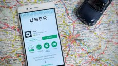 IPO, debiut Ubera na NYSE. Firma chce ściągnąć od inwestorów aż 10 mld dol., to może być rekordowe IPO. Inna sprawa, że Uber nie zarobił jeszcze ani centa, a działa 10 lat.