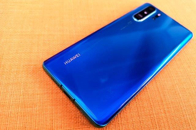 Huaweie P30 i P30 Pro mają naprawdę ciekawe barwy