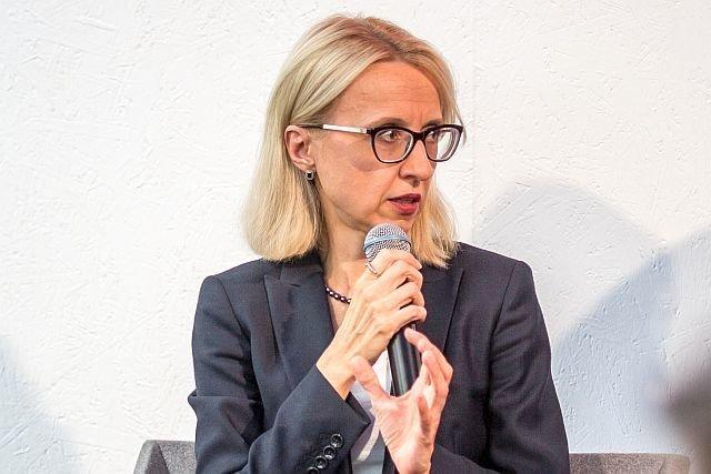 Minister finansów Teresa Czerwińska pochwaliła się, że dziura budżetowa na 2018 rok była o jedną czwartą mniejsza niż zakładano.