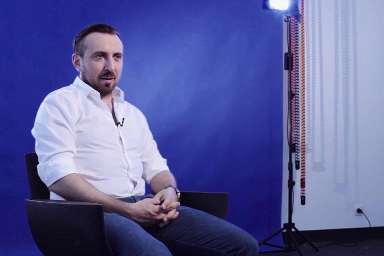 Artur Racicki, Social WIFI