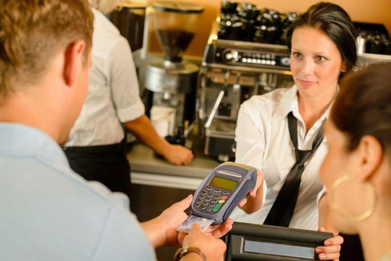 Dostęp firmy ZenCard do terminali w Polsce zwiększył się z 6 do niemal 50 procent.