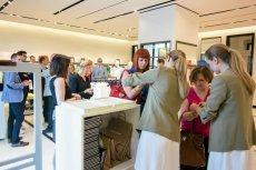 Co trzeci klient kupujący produkty Inditexu chce odebrać produkt w sklepie.