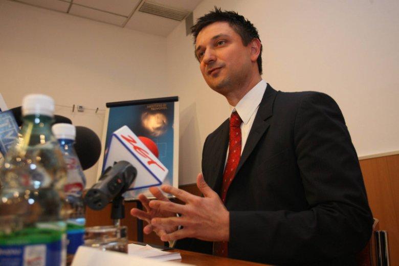 Tomasz Misiak z Work Service.