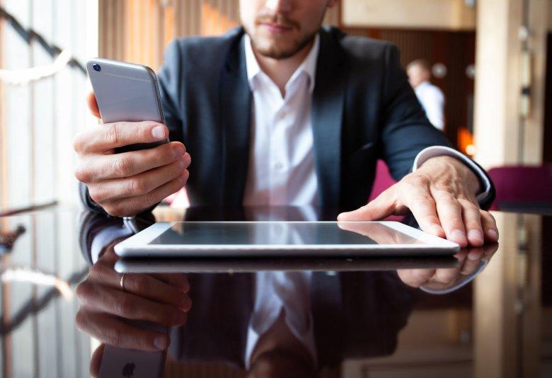 Najnowsze technologie przestają być wyznacznikiem wysokiego statusu społecznego.