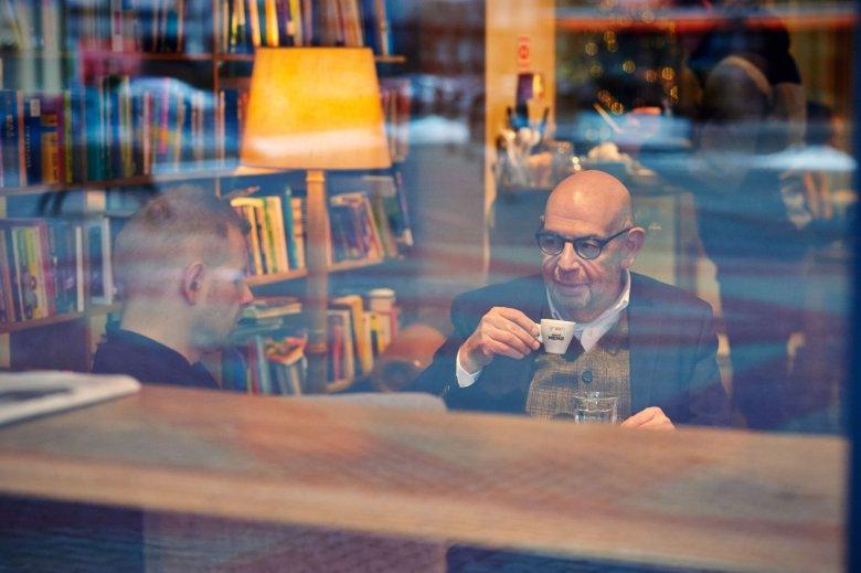 Adam Ringer: W Europie kawiarnia to jest miejsce spotkań
