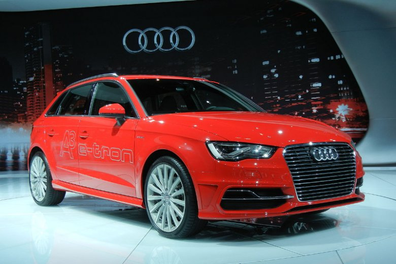 Hybrydowa wersja Audi A3 e-tron zaprezentowana na targach  targów Los Angeles Auto Show 2013
