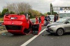 Ceny ubezpieczeń OC wzrosną z powodu nowelizacji przepisów o ubezpieczeniach drogowych. Pieniądze z podwyżki trafią do poszkodowanych w wypadkach.