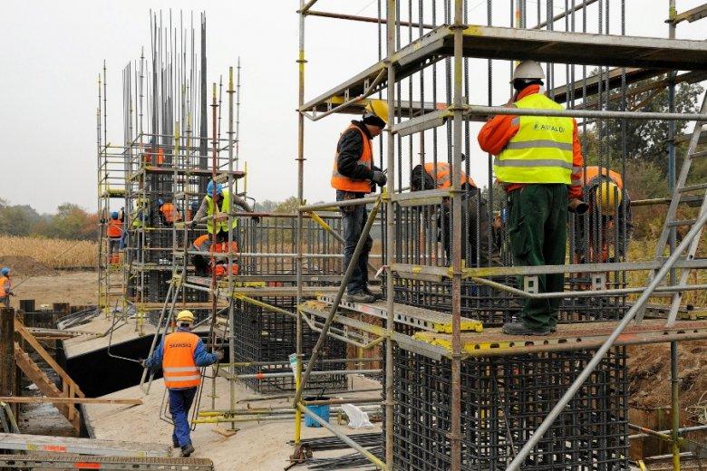 Firma Astaldi wolała wycofać się z placu budowy, ryzykując spory prawne, niż brnąć dalej w nierentowne kontrakty.
