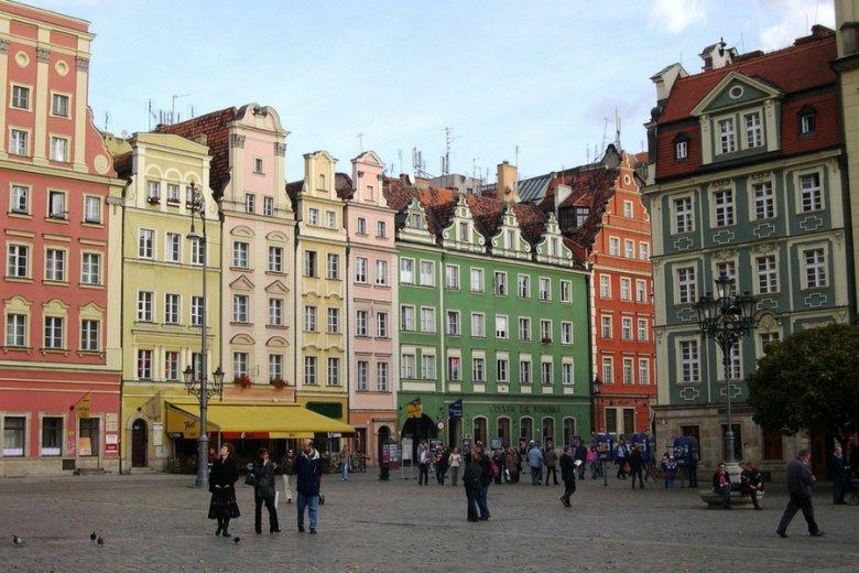Firma ma prestiżową siedzibę: wrocławski Rynek Główny. Ale poszkodowani twierdzą, że to tylko skrzynka pocztowa.