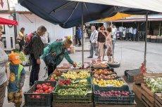 Wzrosty cen żywności, w tym spore podwyżki cen np. kapusty, cebuli czy ziemniaków, sprawiają, iż Polacy mają wrażenie, że inflacja jest wyższa niż w rzeczywistości