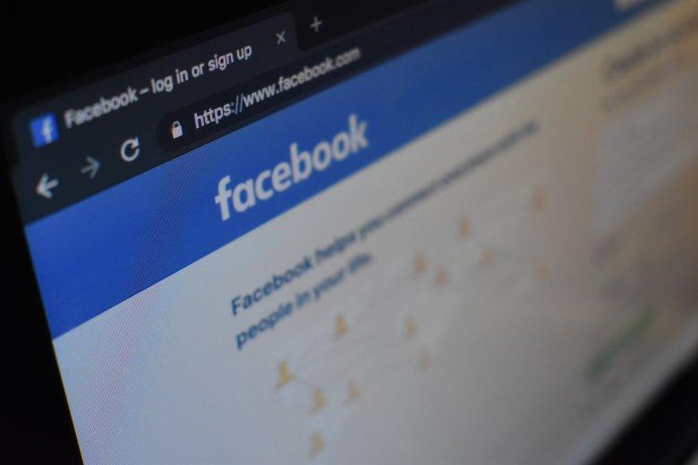 Na Facebooku warto działać na chłodno