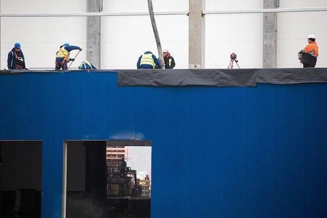 W budowlance zatrudnianie na czarno jest niestety nagminne.