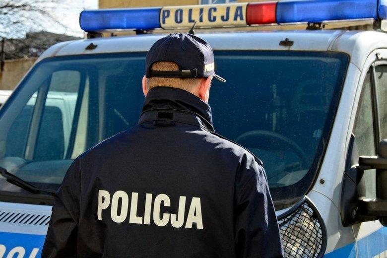 Z okazji urodzin komendanta Krzysztofa Justyńskiego jest podobno zbierana obowiązkowa zrzutka. Śląscy policjanci i biuro prasowe dementują jednak te doniesienia.