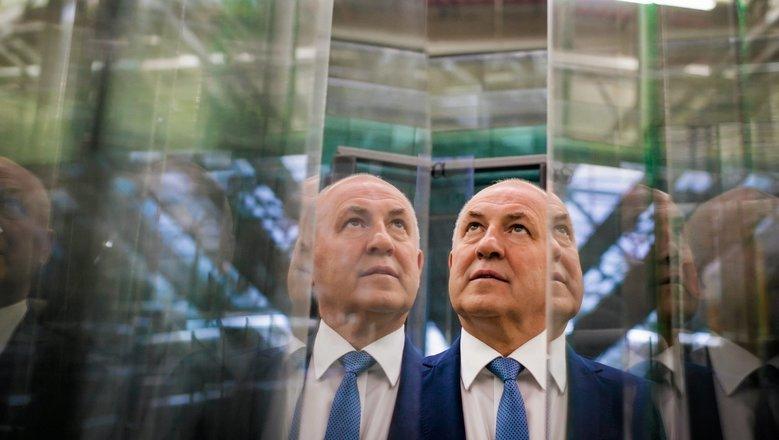 Prezes Drutex-u Leszek Gierszewski po kilkunastu dniach milczenia w sprawie afery w rodzinnej firmie w końcu ukazuje swój punkt widzenia. .