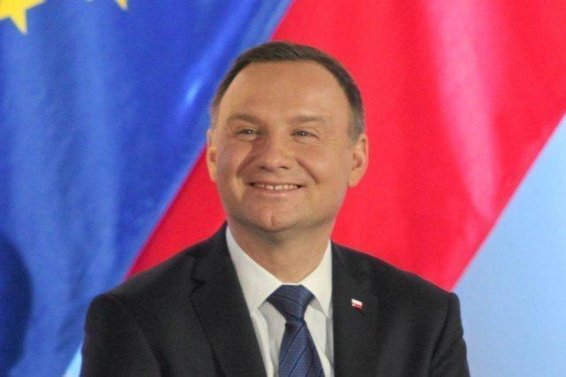 Andrzej Duda podpisał nowelizację ustawy rozszerzającej program 500+ na pierwsze i jedyne dzieci.