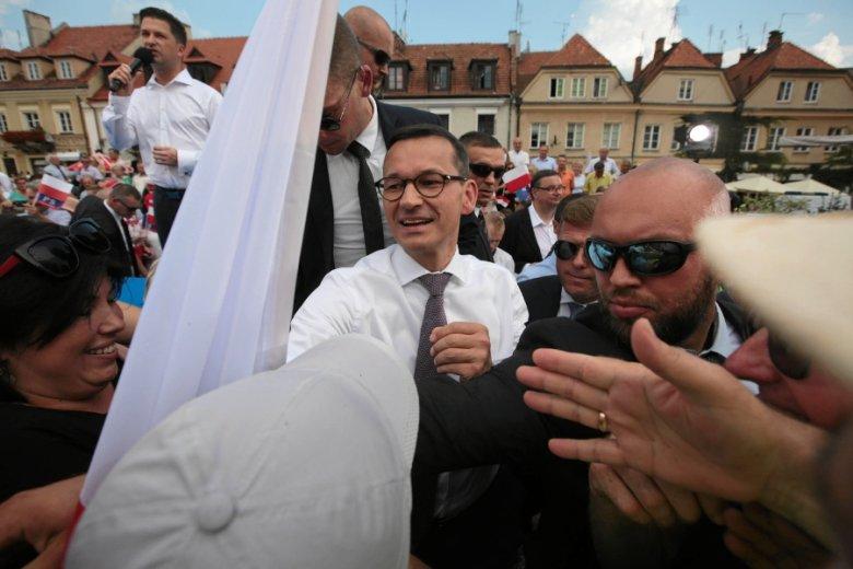 Premier Mateusz Morawiecki przekonuje, że Pracownicze Plany Kapitałowe to fundament reformy systemu emerytalnego. Ekspert raczej bagatelizuje znaczenie PPK.
