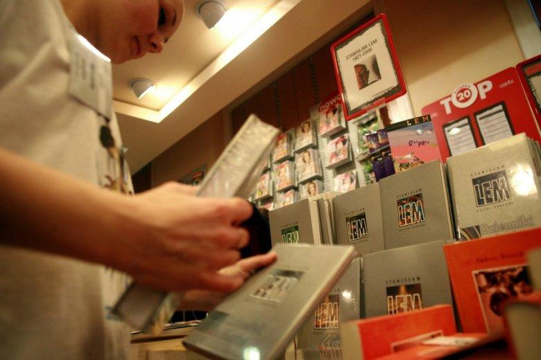 Łączny nakład wszystkich sprzedanych na całym świecie książek polskiego pisarza to ponad 30 mln egzemplarzy.