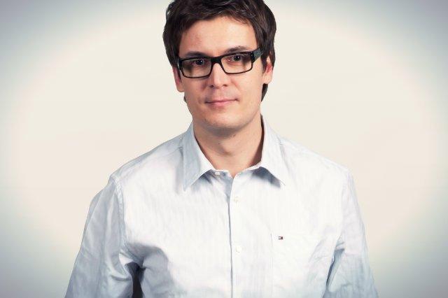 prof. Dariusz Jemielniak, ekspert specjalizujący się w zarządzaniu wysokimi technologiami i organizacjami otwartej współpracy z Akademii Leona Koźmińskiego
