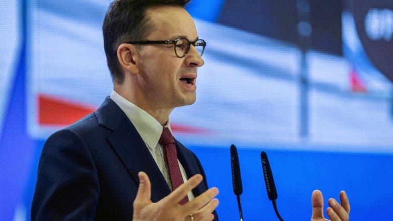 Premier Morawiecki zapowiedział ograniczenie sprzedaży marek własnych w hipermarketach. Teraz ministerstwo się wycofuje