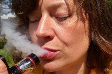 Użytkownicy e-papierosów skuteczniej rzucają palenie.
