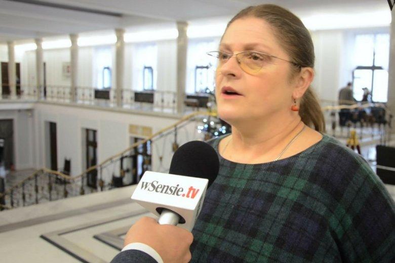 Posłanka Krystyna Pawłowicz domaga się odebrania TVN koncesji.