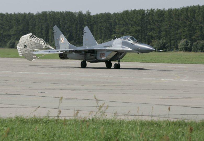 NATO buduje w Polsce tajne bazy? Jak się dowiedzieliśmy, chodzi o inwestowanie w lotniska